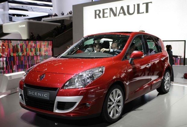 Man sleept Renault voor rechter omdat auto te veel verbruikt