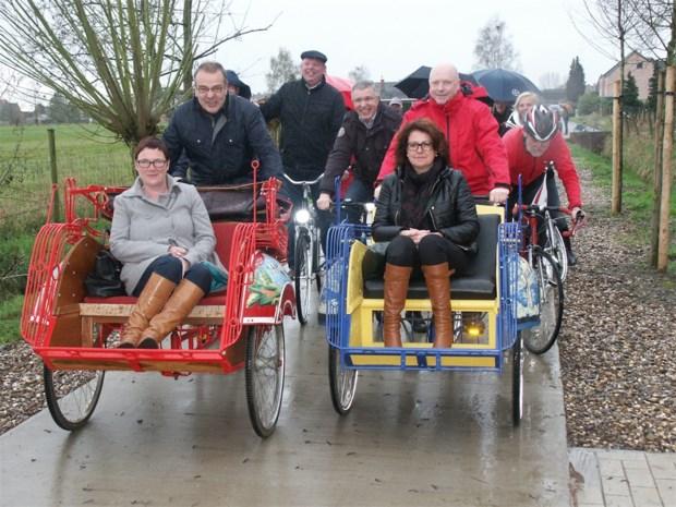 Nieuw fietspad Tulpenstraat officieel ingereden