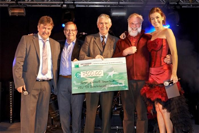 Rotaryclub Westmalle-Kempenland schenkt 7.500 euro aan DeZandschakel