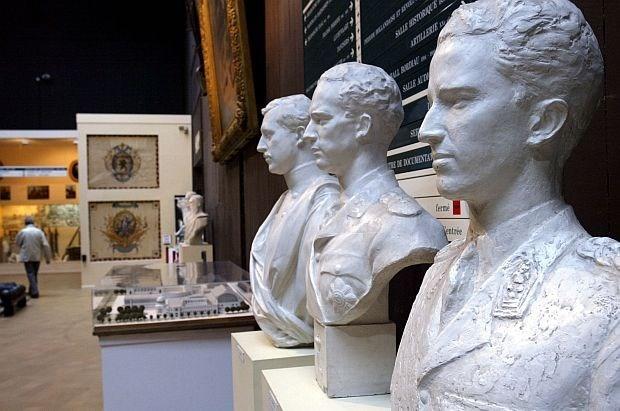 De Crem vervangt omstreden directeur Legermuseum