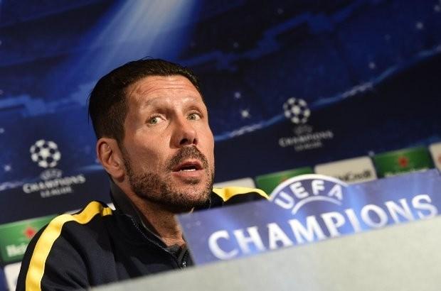 Atlético-coach geeft tolk een applausje