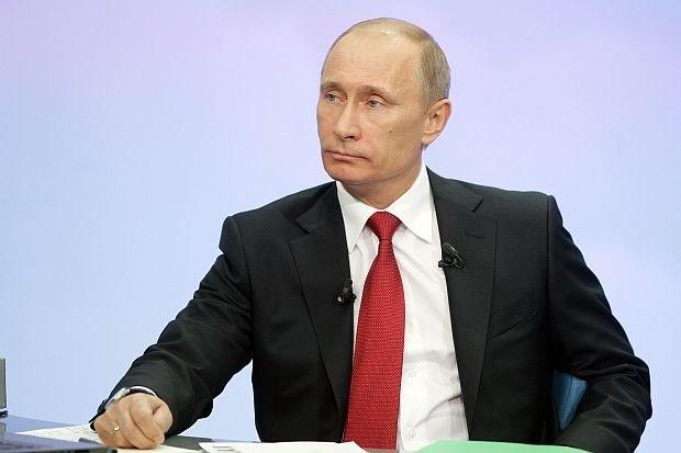 """Poetin tegen Snowden: """"Rusland doet niet aan massale spionage"""""""