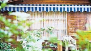 Overheid schorst hoge belasting op weekendhuisjes
