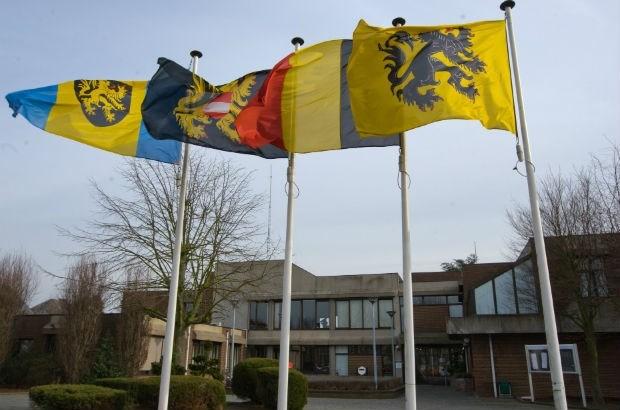 Kapelle-op-den-Bos moet 350.000 euro betalen omdat gemeentehuis te hoog is