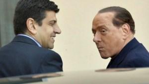 Berlusconi begint aan gemeenschapsdienst in bejaardentehuis