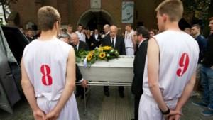 Emotioneel afscheid in Brugge van Mikey Peeters