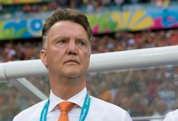 """Van Gaal: """"Belachelijk van de FIFA"""""""