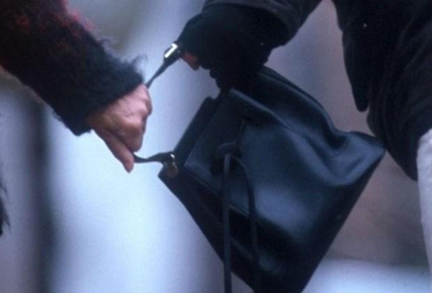Zeven jaar cel voor handtasdief die bejaarden viseerde