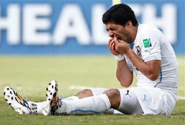 FIFA verbiedt Suarez om in Kosovo te spelen