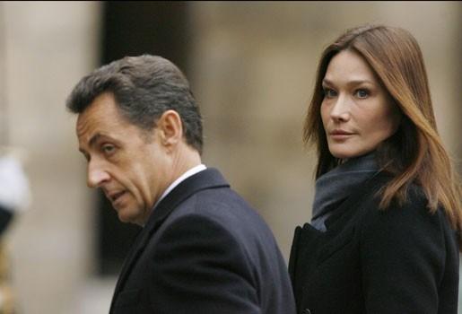 Carla Bruni treurt: Sarkozy heeft geen tijd voor seks