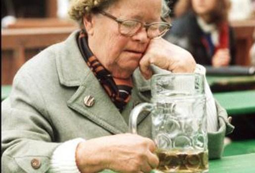 Bier versterkt vrouwelijke botten