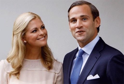 """""""Verloofde Zweedse prinses Madeleine reed scheve schaats"""""""