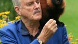 John Cleese  weer single op zijn 69ste