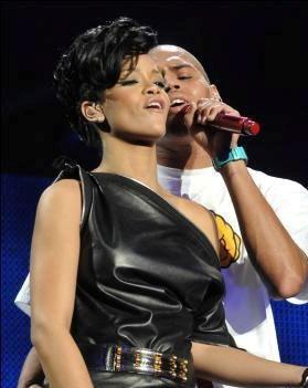 """Chris Brown en Rihanna hebben samen nummer opgenomen"""