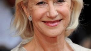 Helen Mirren paradeert in afdankertjes