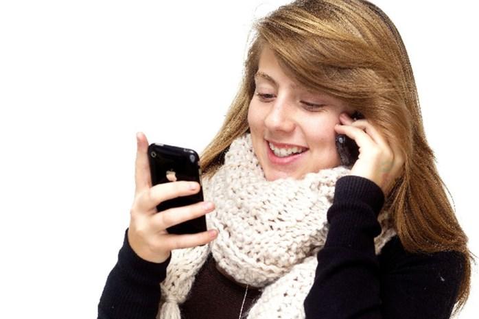 """""""Chatten en sms'en stimuleert creatief taalgebruik"""""""